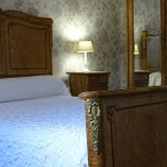 Room Monsieur - the large bed
